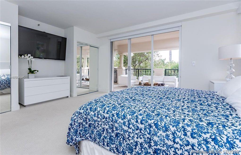 19237 Fisher Island Dr