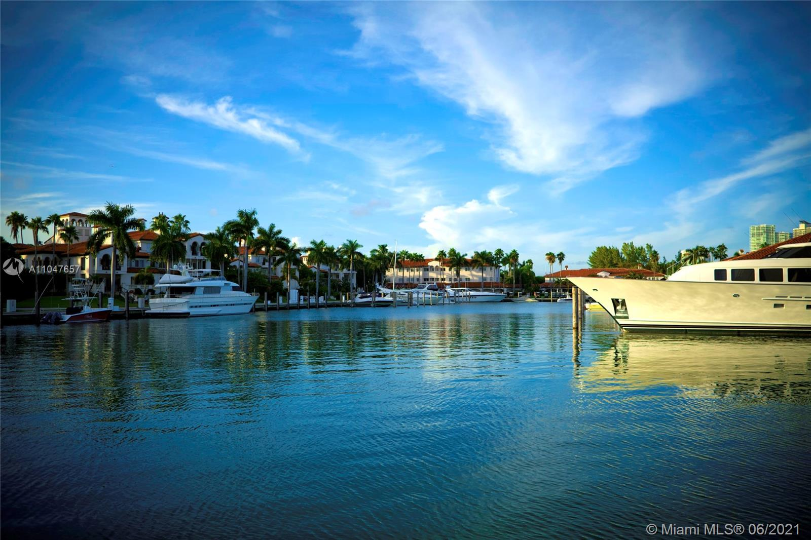 15512 Fisher Island Dr