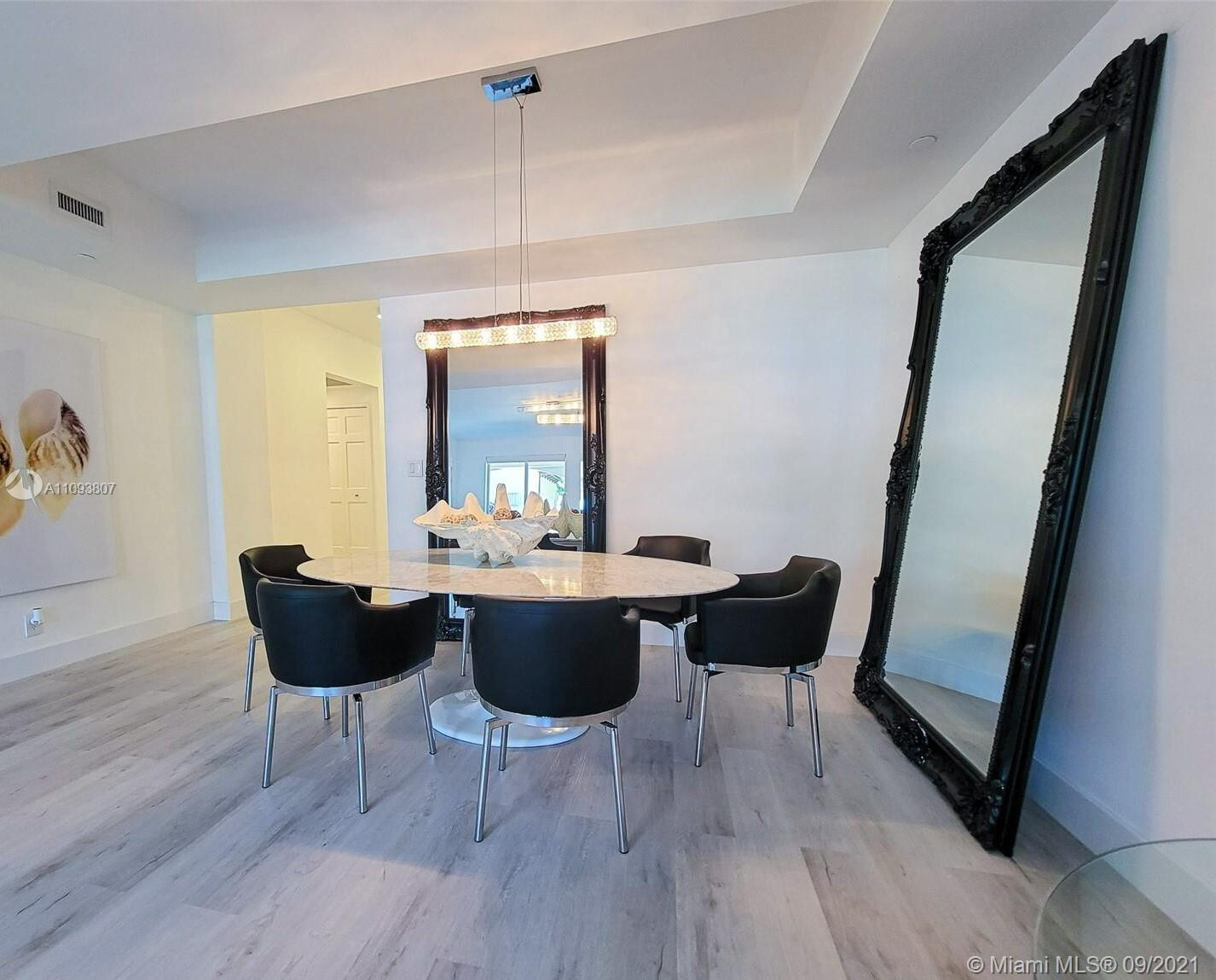 19115 Fisher Island Dr